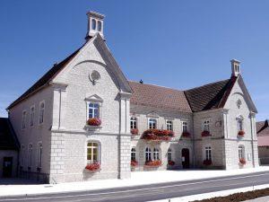 La mairie-école-bibliothèque